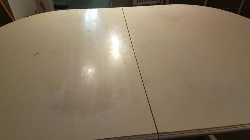 bordet innan bearbetning