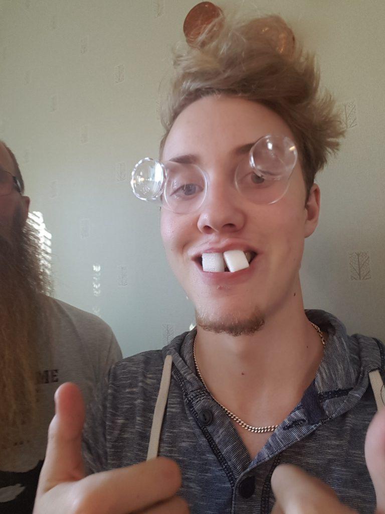 Glas-ögon och sockertänder